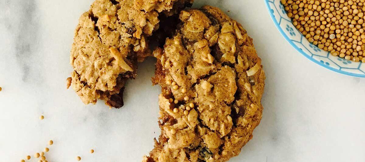 crunchy-oatmeal-mustard-cookies