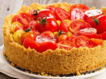 Caramelized-Onion-Tomato-Savoury-Cheesecake
